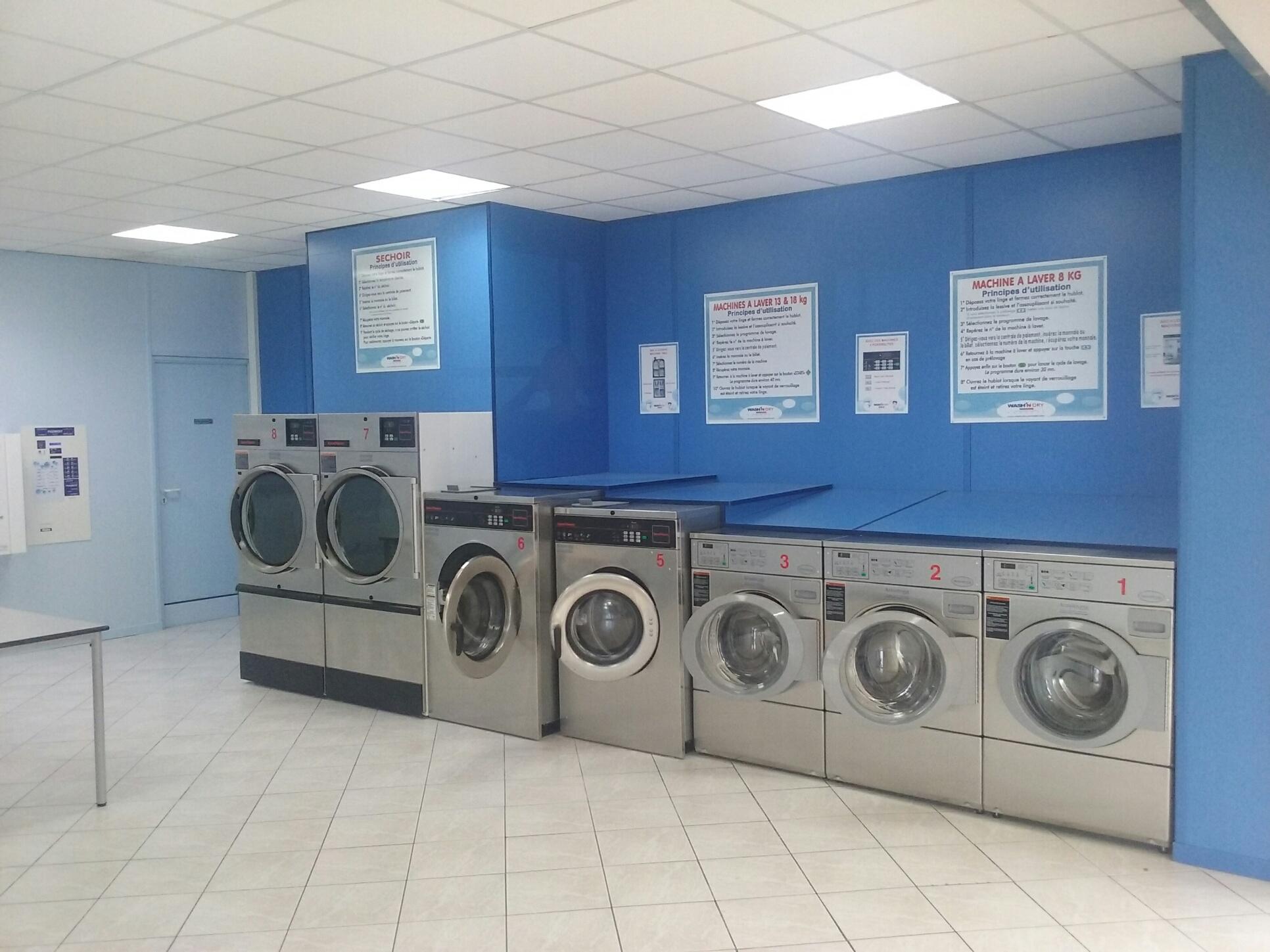 laverie automatique hyeres wash 39 n dry. Black Bedroom Furniture Sets. Home Design Ideas