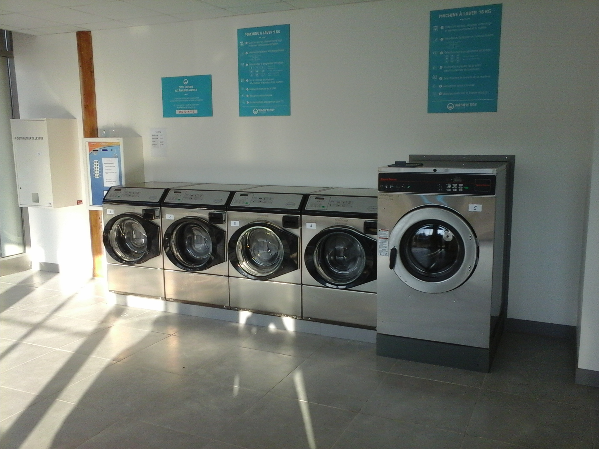 laverie wash 39 n dry vigneux sur seine wash 39 n dry. Black Bedroom Furniture Sets. Home Design Ideas